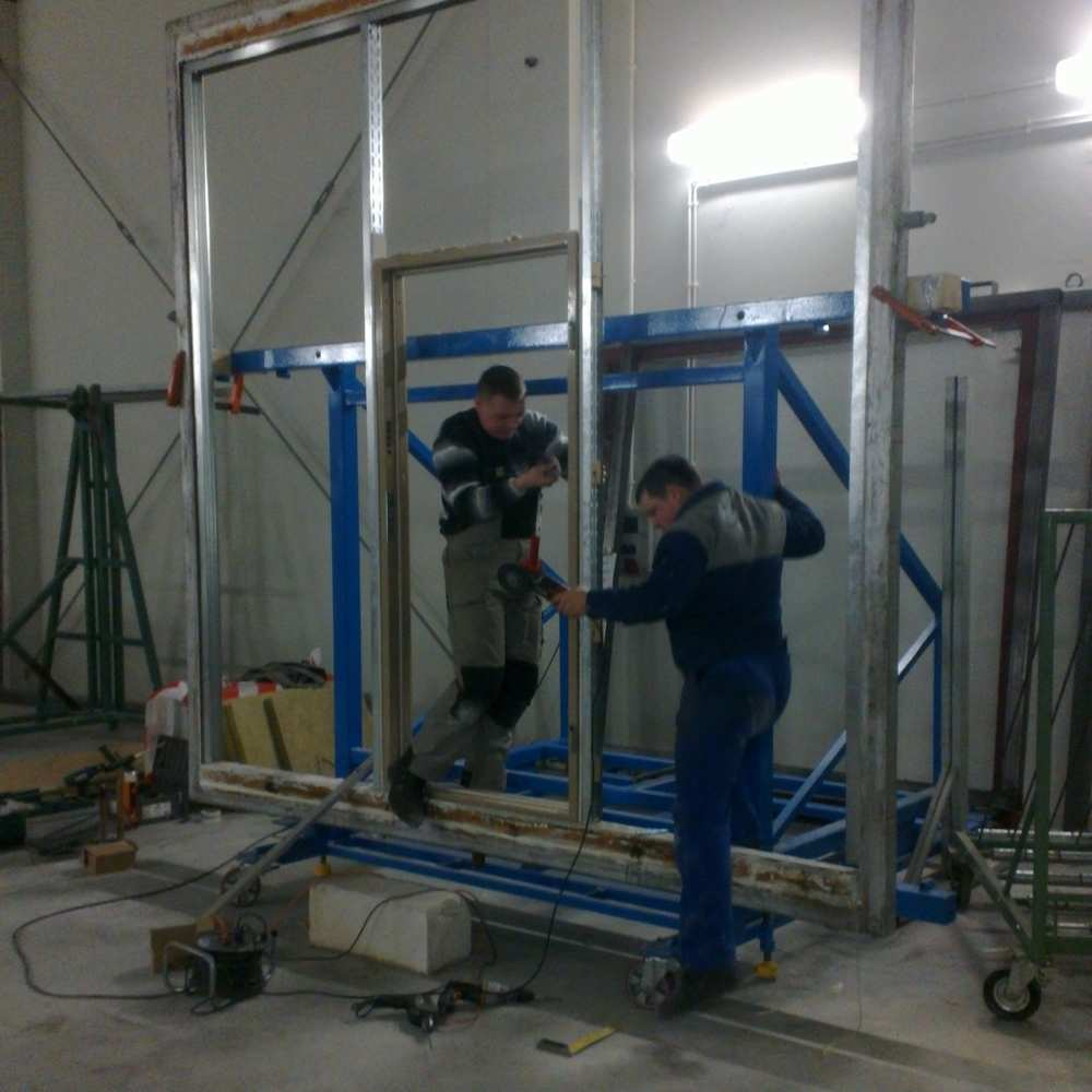 01_Installation of door for smoke test